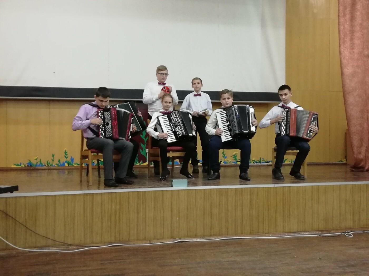 В областной детской больнице Сум провели благотворительный концерт, фото-1