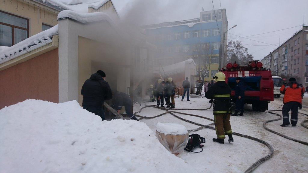 На Сумщине произошел пожар в ресторане, фото-1