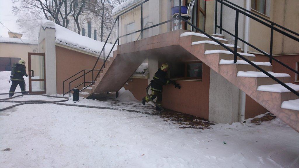 На Сумщине произошел пожар в ресторане, фото-5