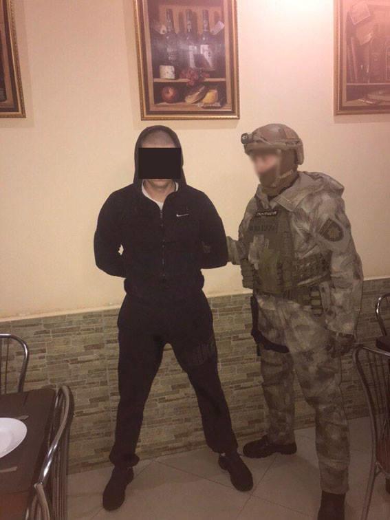 На Сумщине задержали вымогателей, которые длительное время терроризировали предпринимателей, фото-2