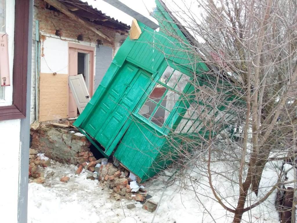 На Сумщине женщина застряла под завалами собственного дома, фото-2