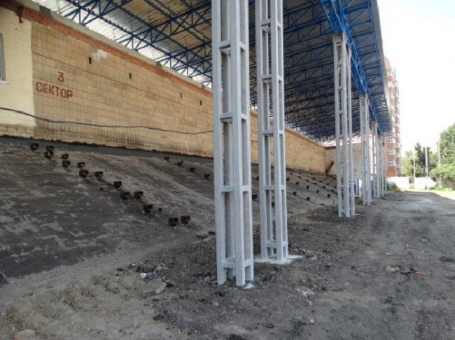 В этом году в Сумах обещают закончить реконструкцию «Авангарда», фото-1