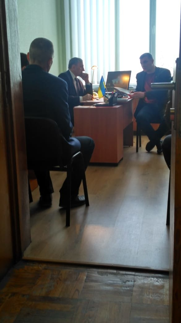 В мэрии Сум проводят обыски, фото-1