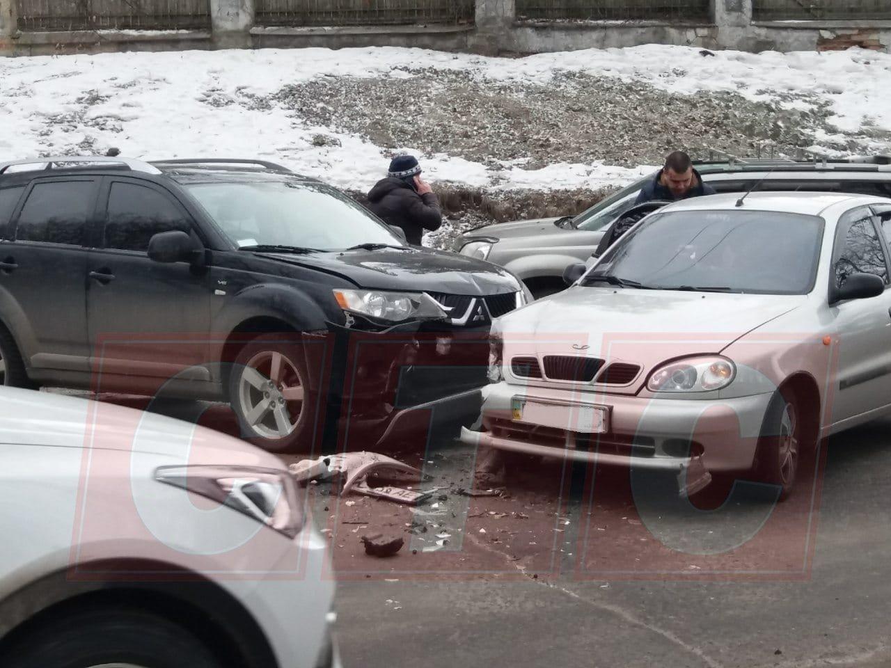 В Сумах в ДТП на Троицкой пострадала девушка , фото-3