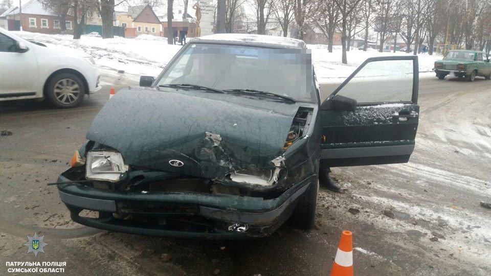 В Сумах столкнулись сразу три автомобиля , фото-2