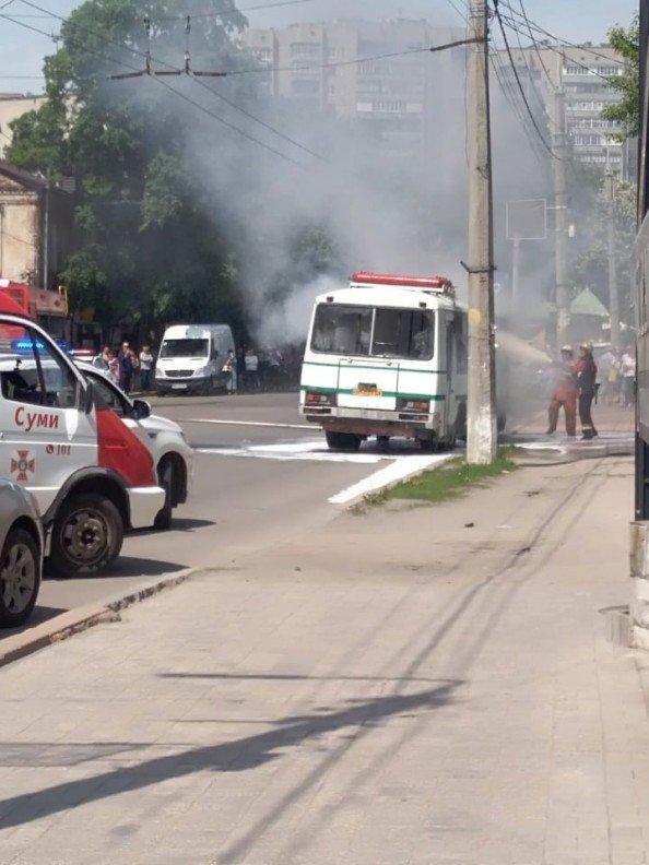 Стали известны подробности возгорания автобуса на Горького в Сумах. ДОПОЛНЕНО, фото-1