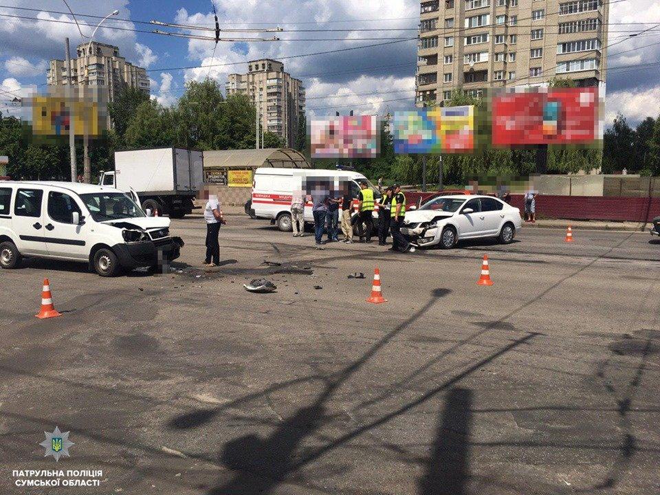 Полиция Сум рассказала подробности ДТП, в котором пострадали 2 человека, фото-2