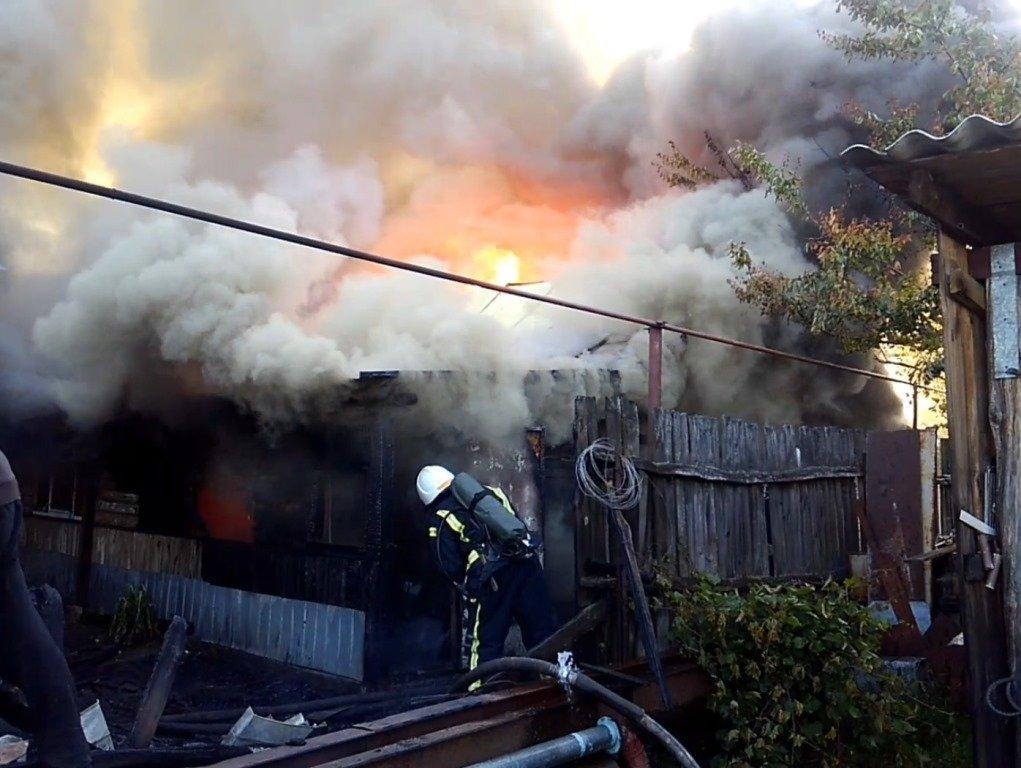 У Сумській області сталася масштабна пожежа в житловому секторі, фото-2