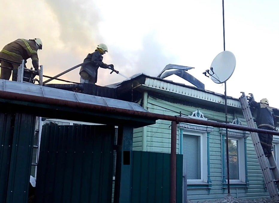 У Сумській області сталася масштабна пожежа в житловому секторі, фото-4