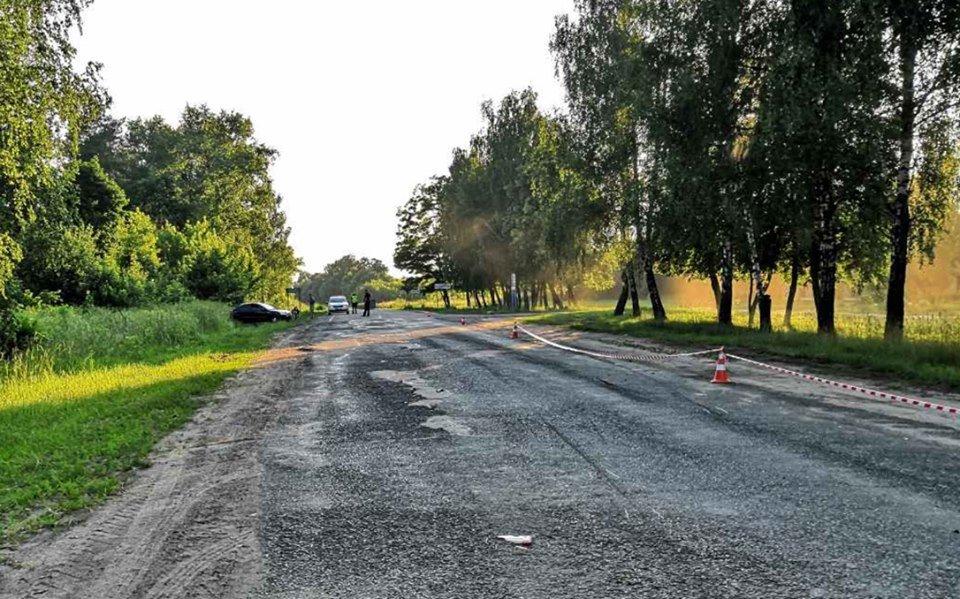 На Сумщині двоє велосипедистів потрапили під колеса автівки, фото-1