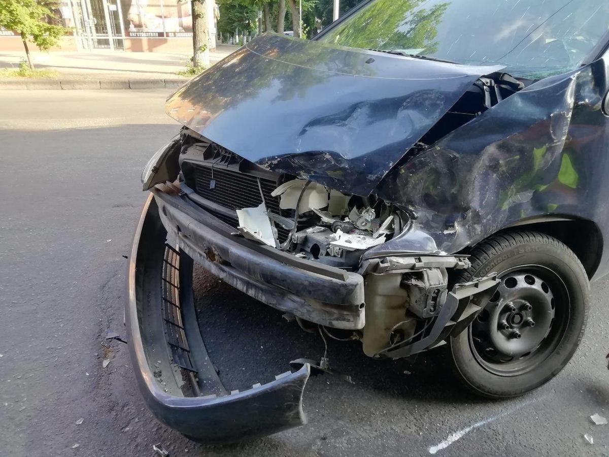 Патрульні розповіли подробиці аварії із маршруткою у Сумах, фото-1