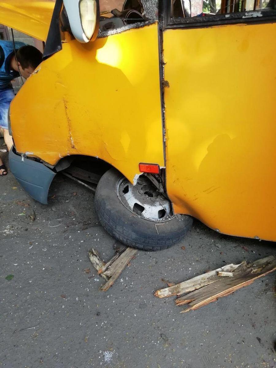 Патрульні розповіли подробиці аварії із маршруткою у Сумах, фото-2