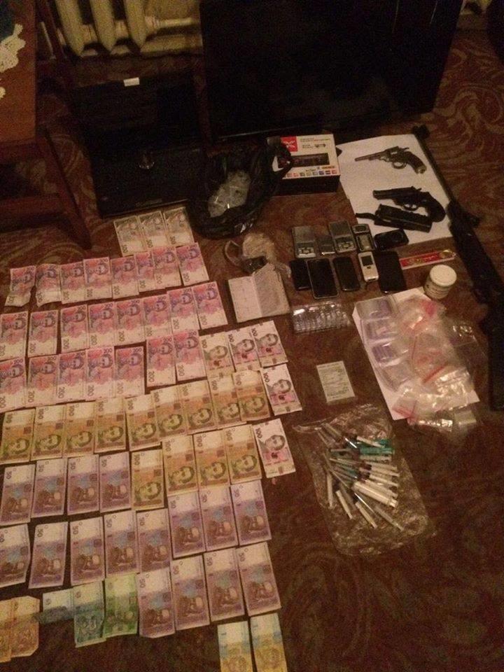 На Сумщині судитимуть чотирьох учасників злочинної групи,  які організували масштабну схему збуту наркотиків, фото-1