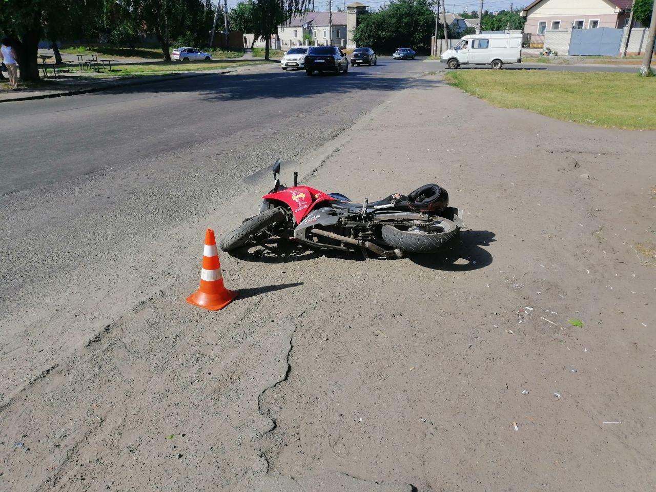ДТП у Сумах: постраждав мотоцикліст, фото-2