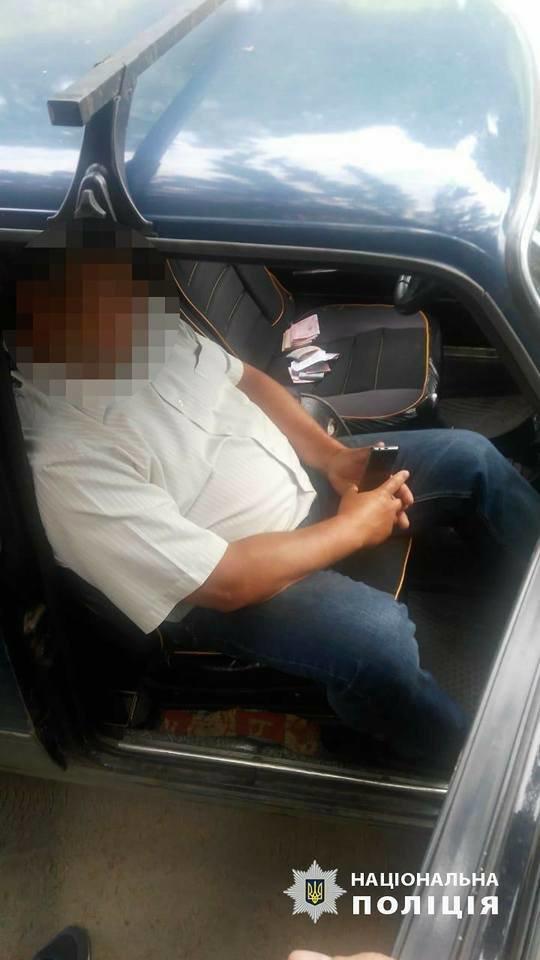 На Сумщині начальнику відділу Лебединської міської ради повідомлено про підозру за отримання хабара, фото-6