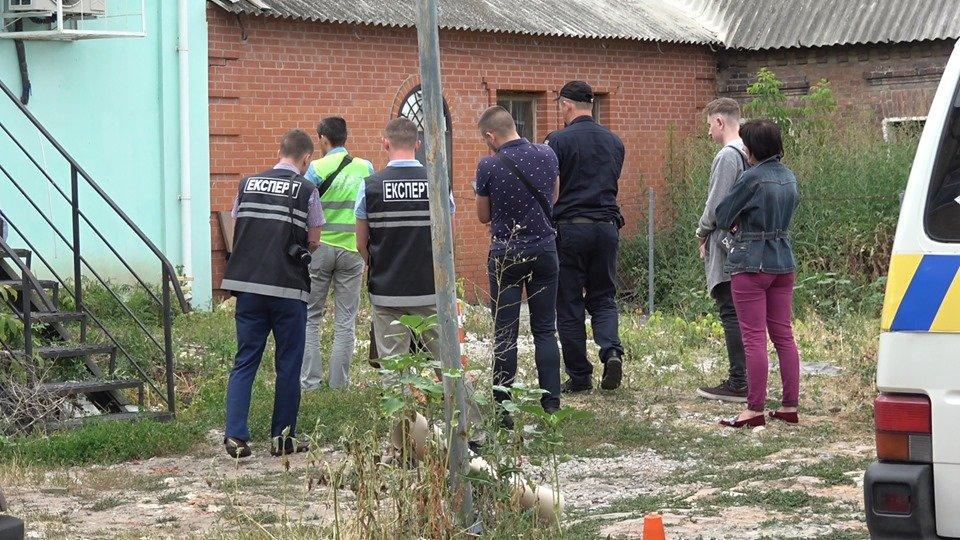 У Сумах розшукують свідків стрілянини, в якій постраждали батько з донькою, фото-2
