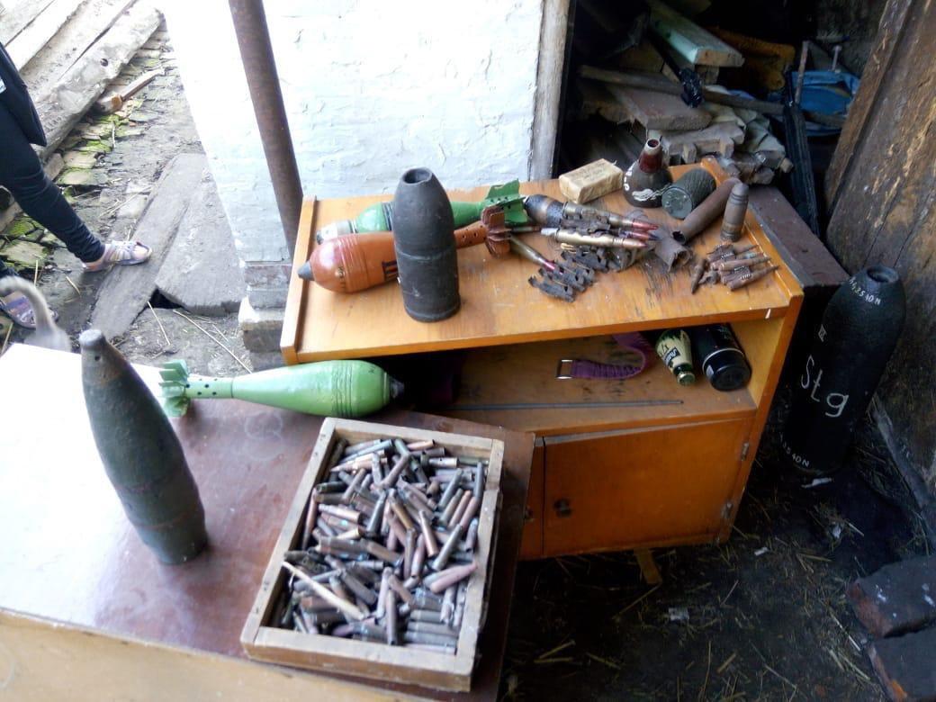 На Сумщині затримано хлопця, у квартирі якого вилучено гранату Ф-1, фото-2