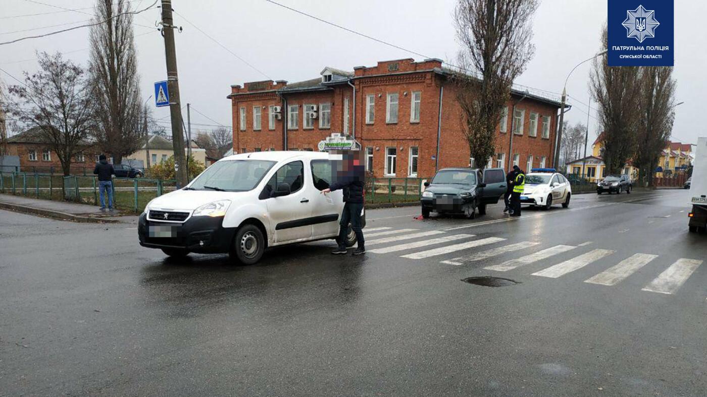 Внаслідок зіткнення двох автомобілів у Сумах травмована жінка-водій, фото-1