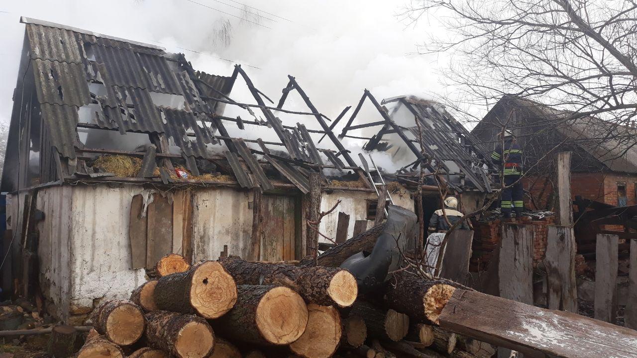 На Сумщині рятувальники ліквідували загоряння господарчої споруди, фото-3