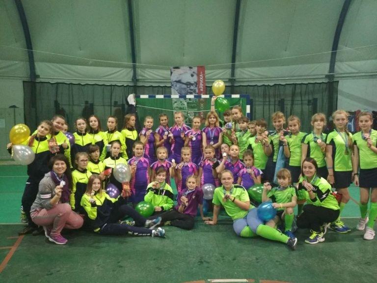 Сумські хокеїстки повернулися з медалями з Білорусі, фото-1