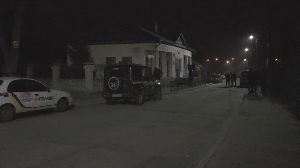 У Сумах підлітки вночі намагалися проникнути до музею Чехова, фото-5