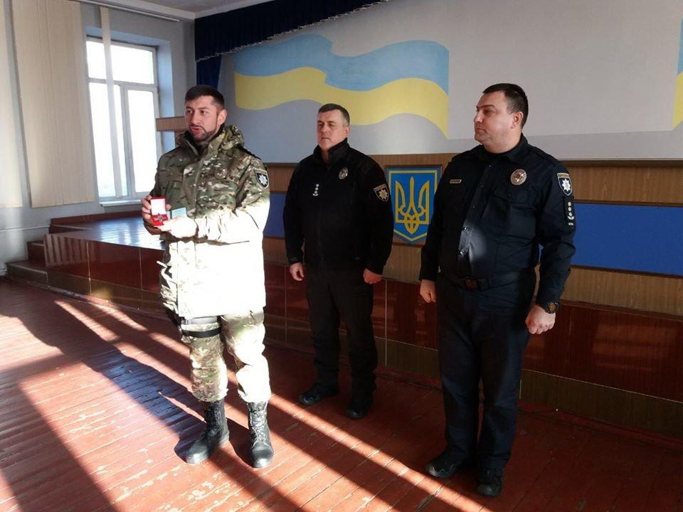Бійцям з Сумщини, які несуть службу на Донбасі, вручили відзнаки Командувача ООС, фото-4
