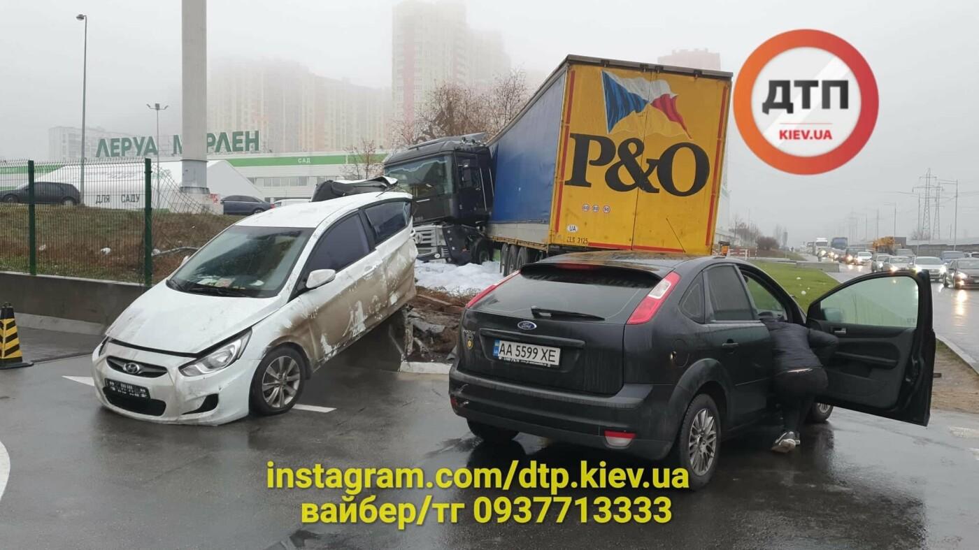 Сумська фура спричинила страшну ДТП в Києві, фото-4