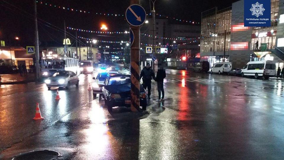 Патрульні розповіли подробиці ДТП на площі Покровській, фото-1