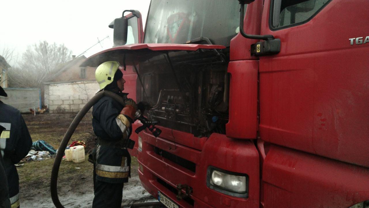 На Сумщині горіла вантажівка , фото-1