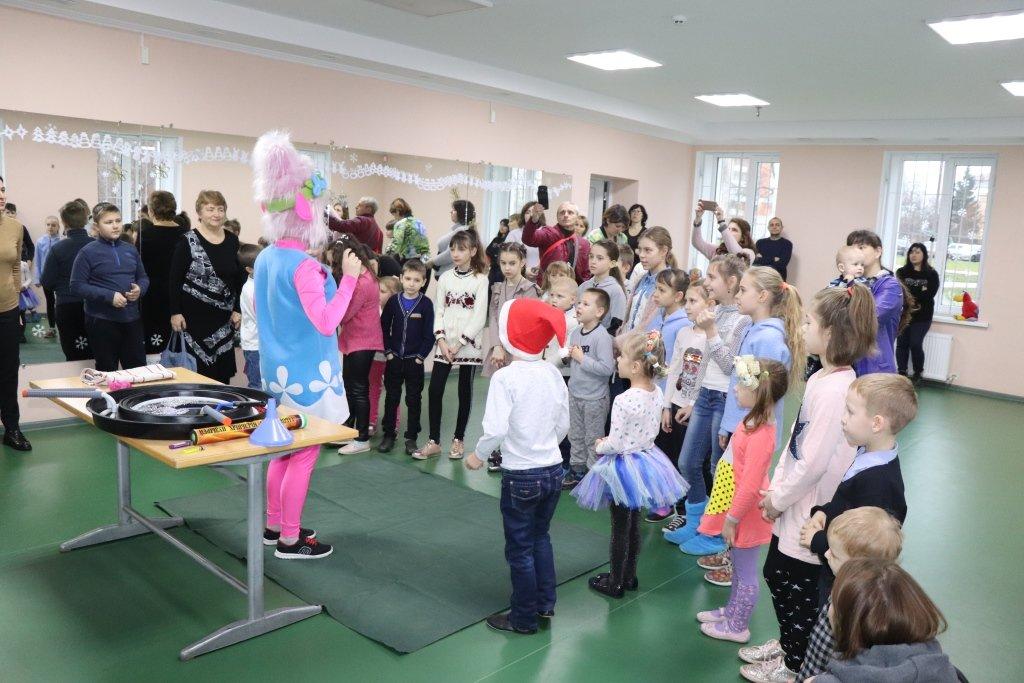 У Сумах для дітей учасників АТО/ООС влаштували свято , фото-1