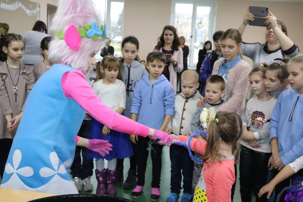 У Сумах для дітей учасників АТО/ООС влаштували свято , фото-4