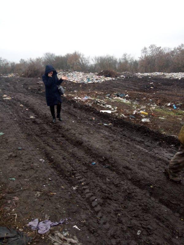 На Сумщині виявлено стихійне сміттєзвалище з рештками свійських тварин, фото-3
