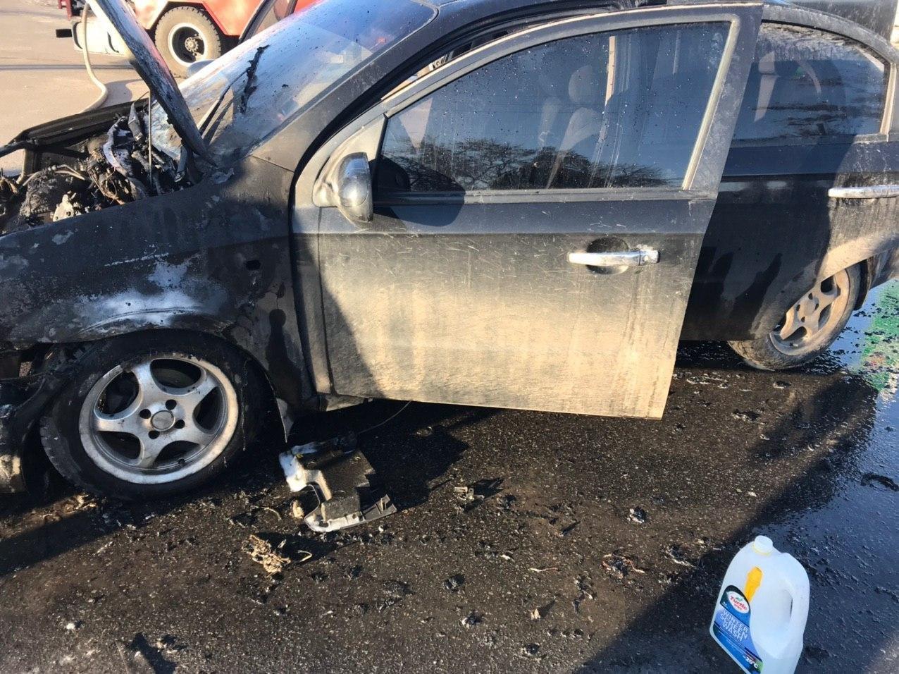 На Сумщині на ходу зайнялось авто , фото-2