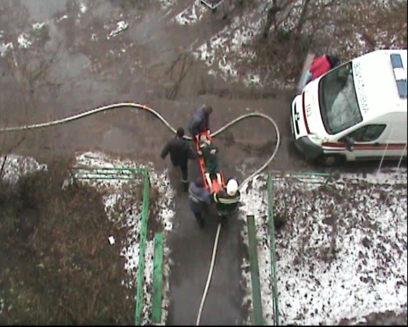 На Сумщині під час пожежі врятували жінку , фото-3