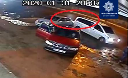 У Сумах розшукують винуватця ДТП, який залишив місце аварії, фото-1