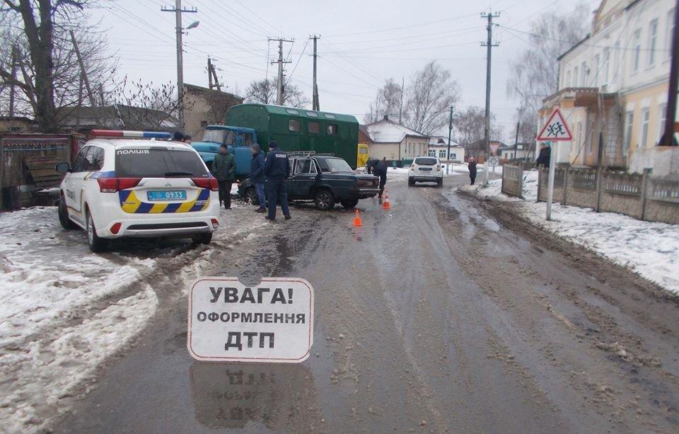 На Сумщині зіткнулися ВАЗ та ЗІЛ: є постраждалі, фото-4
