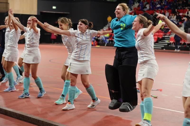 Сумські хокеїстки з бронзою кубка європейських чемпіонів, фото-8