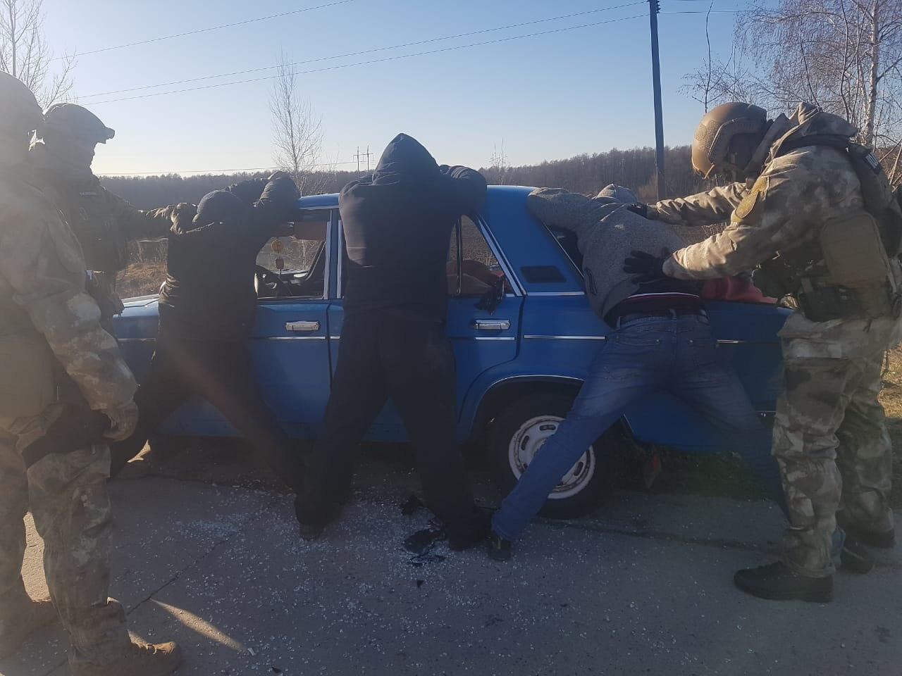 На Сумщині затримано трьох осіб, які скоїли низку розбійних нападів на самотніх пенсіонерів , фото-1