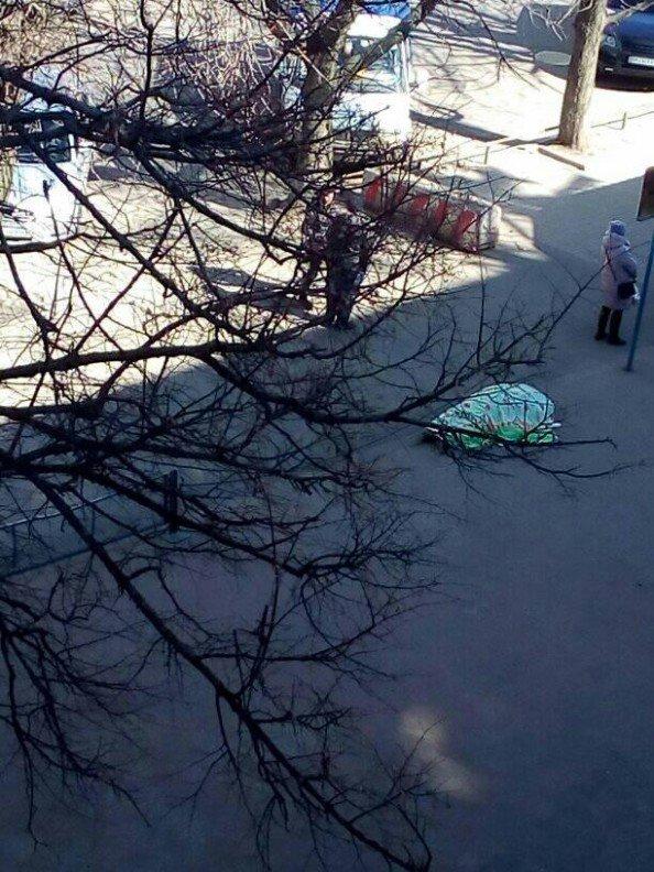 У Сумах посеред вулиці помер чоловік, фото-1