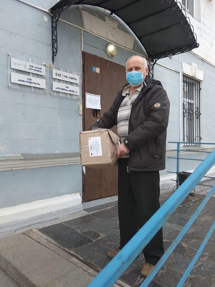 У Сумах штаб бізнесу продовжує допомагати із забезпеченням засобами індивідуального захисту, фото-2