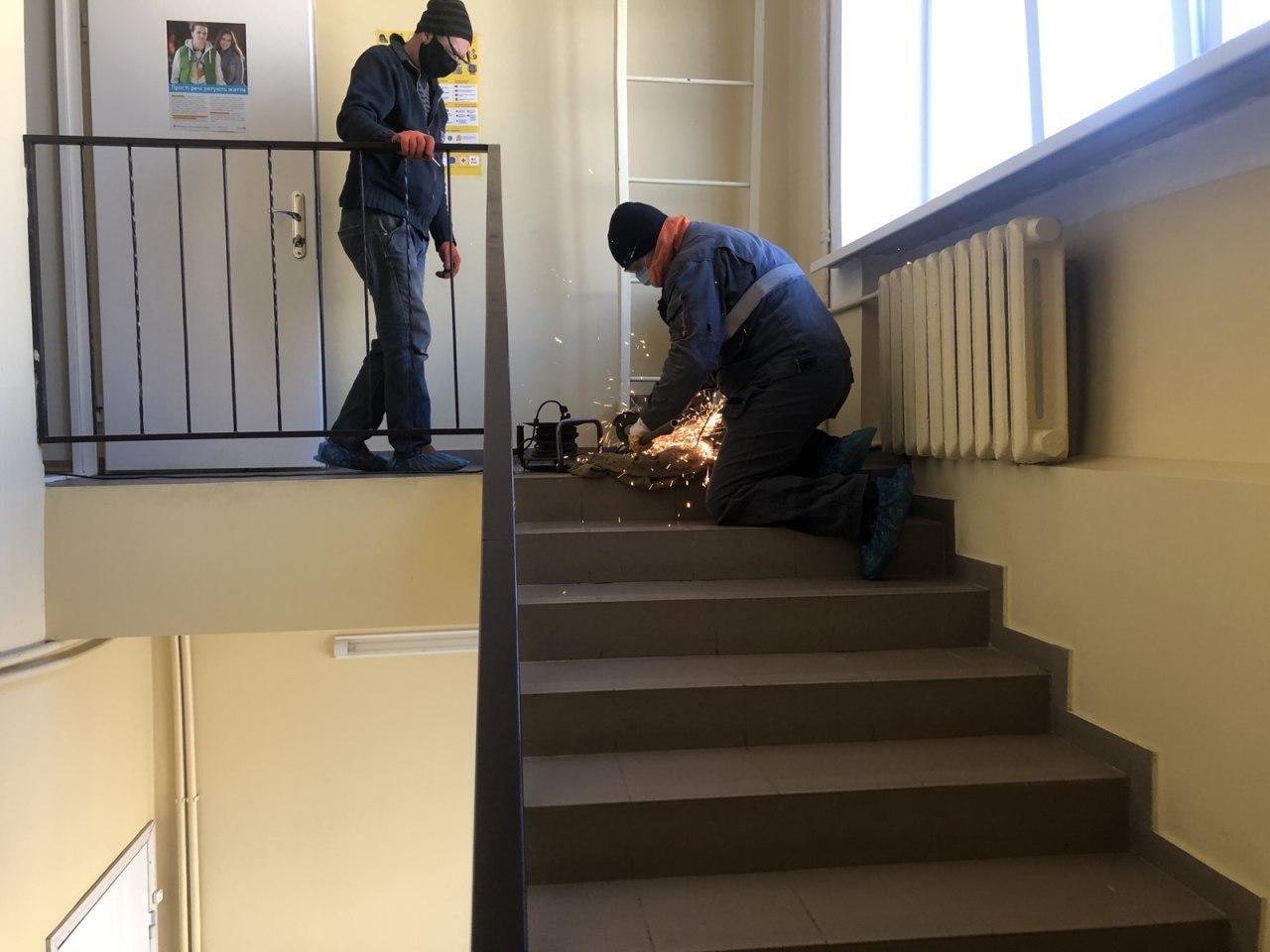 У лікарнях Сум тривають роботи з відновлення і будівництва киснепроводів, фото-1
