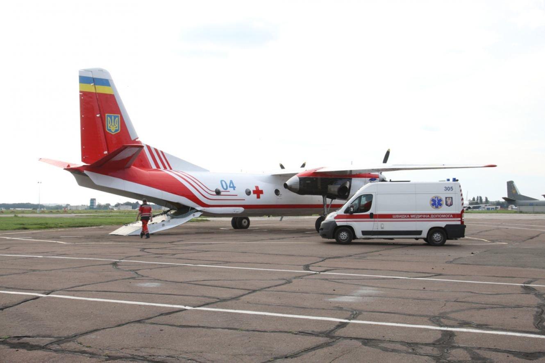 МОЗ: важко хворих з віддалених районів Сумщини тепер зможуть транспортувати до лікарень літаками, фото-1
