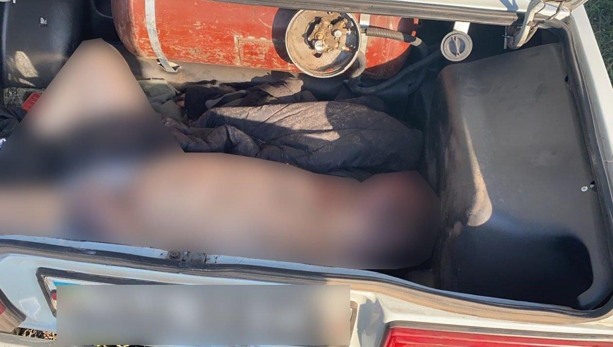 На Сумщині затримано двох чоловіків, які перевозили в багажнику авто труп, фото-5