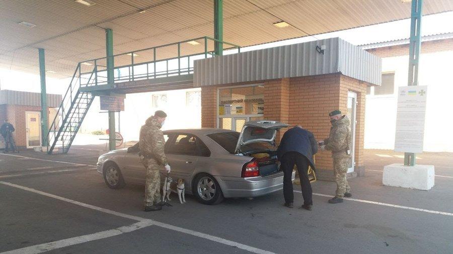 На Сумщині на кордоні з РФ встановили намети для обсервації, фото-4