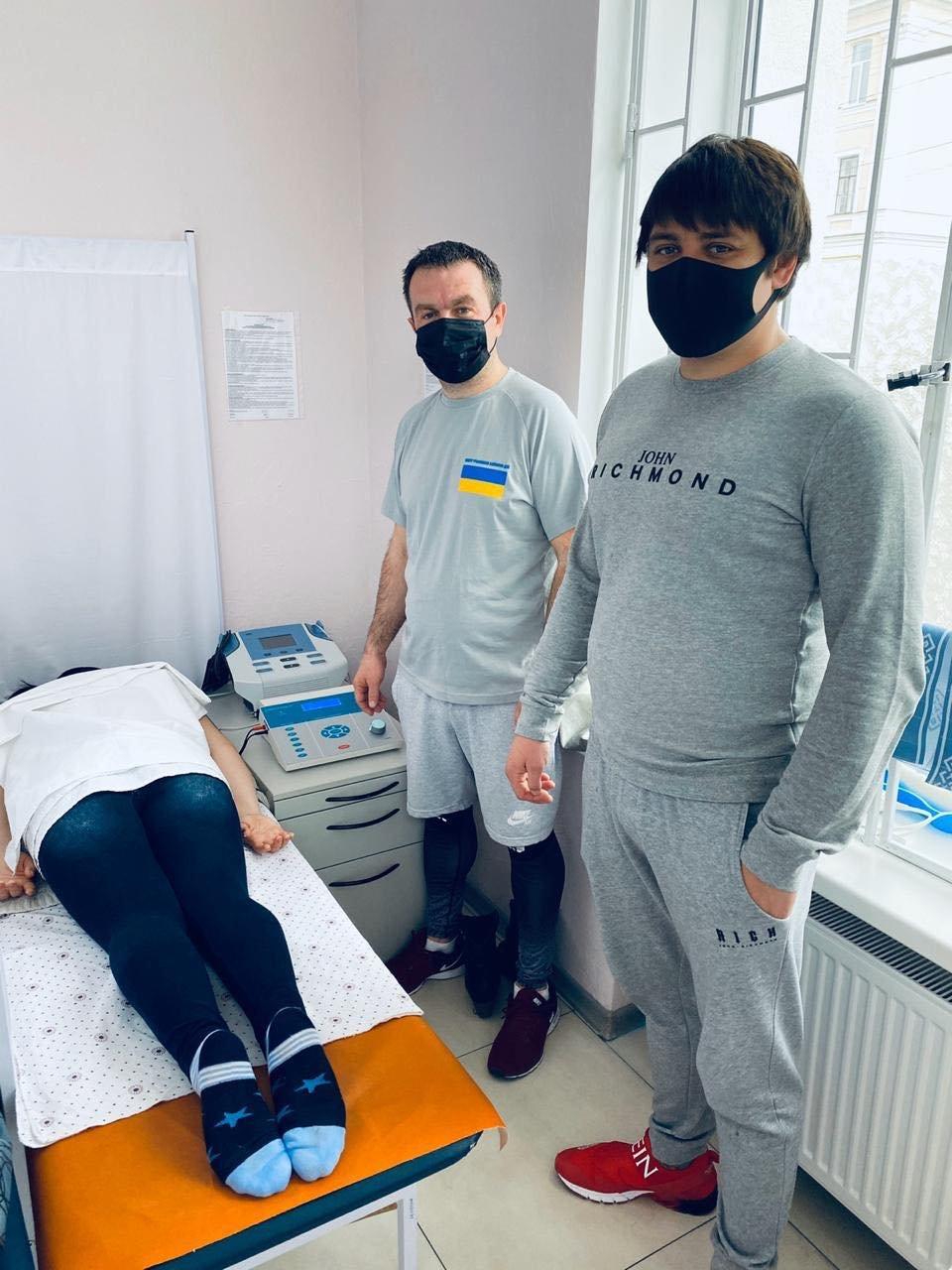 У Сумах в Центрі учасників бойових дій з'явився новий апарат для лікування хвороб методом електротерапії, фото-3