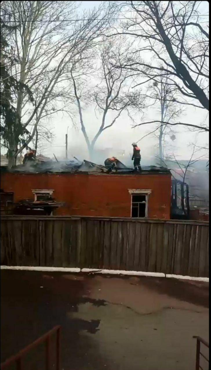 На Сумщині вогнеборці врятували 3 дітей на пожежі, фото-5