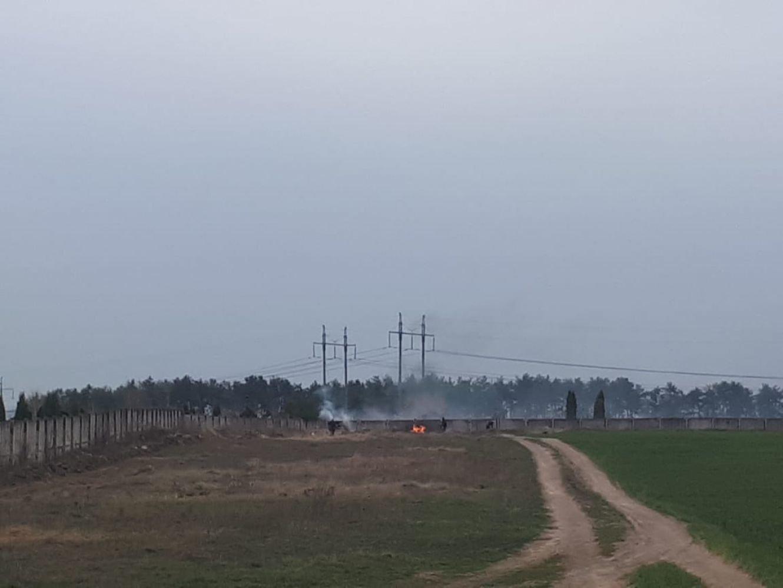 На Баранівському кладовищі у Сумах шукачі металу влаштували пожежу, фото-1