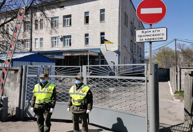 Сумські нацгвардійці взяли під охорону обласну інфекційну лікарню, фото-1