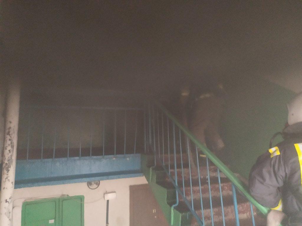 На Сумщині під час пожежі вогнеборці врятували чоловіка , фото-2