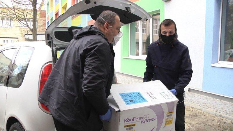 Благодійники Сум передали дитячій лікарні Св.Зінаїди 25 упаковок медичного препарату «Актемра», фото-4